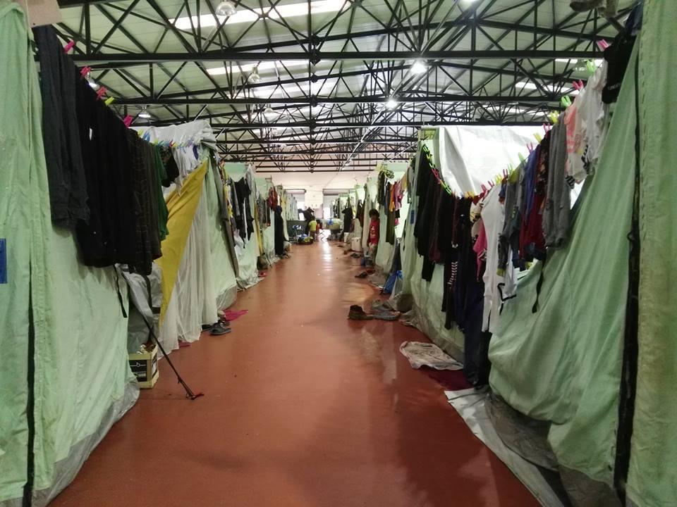 aid hoc - Direkte humanitäre Hilfe für Menschen auf der Flucht - aus St. Gallen und Basel